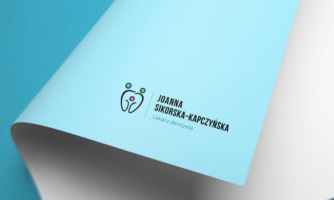 Logo Dentysta Joanna Sikorska-Kapczyńska 1